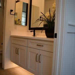 Bathroom Timeless Coastal RegalWhite Matte 150024